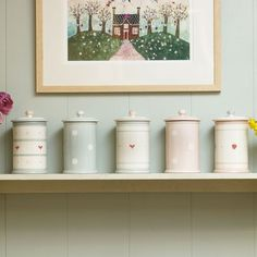 It's all about Hearts ♡ Farmhouse Style Kitchen, Home Decor Kitchen, Country Kitchens, Susie Watson, Cottage Interiors, Country Interiors, Cocinas Kitchen, Jar Storage, Cottage Chic