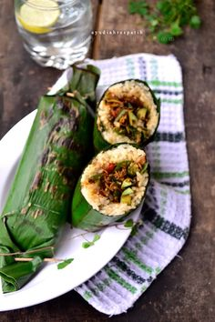 Indonesian Food - Nasi Liwet Bakar Isi Teri - Grilled Rice stuffed with Spicy Anchovies