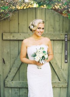 up do with a sweep | CHECK OUT MORE IDEAS AT WEDDINGPINS.NET | #weddinghair