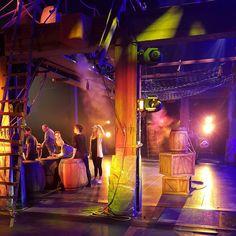 Wat vind ik het leuk om terug in het theater te zijn en dan ook nog met zo'n leuke ploeg en productie! Vandaag laatste repetities in het #Nieuweluxor te #Rotterdam en morgen is het première van #wickiedemusical  #musical #theater #wickie #studio100 #nofilter  #backstage