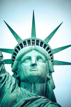 Who Qualifies for a Work Permit in the United States?