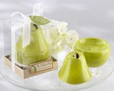 Salt and pepper shakers are unique wedding favors and this perfect pair set is so unique. Guests will love these pear salt and pepper shakers from Kate Aspen. Unique Wedding Favors, Unique Weddings, Wedding Ideas, Wedding Stuff, Fall Wedding, Wedding Decoration, Wedding Planning, Dream Wedding, Wedding Inspiration