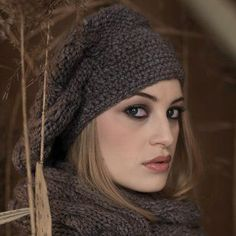 photo tricot modele tricot gratuit beret femme Crochet Beret, Knitted Hats, Couture, Winter Hats, Knitting, Handmade, Fashion, Beret, Tall Clothing