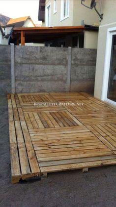 DIY Pallet Deck Home Exterior Improvements 5 - Diy backyard - Pallett Deck, Pallet Patio Decks, Diy Patio, Backyard Patio, Pallett Garden, Pallet Fence, Pallet Floors, Pallet Building, Diy Pallet Furniture