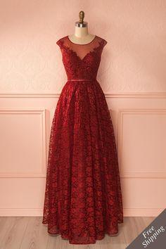 Robe de soirée en dentelle bourgogne - Burgundy lace maxi gown