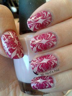 Me, Myself & Polish: Polish Days: Vintage. Stamping nail art.