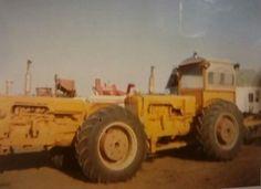 Tandem Minneapolis Moline Antique Tractors, Vintage Tractors, Old Tractors, Vintage Farm, Minneapolis Moline, Agriculture Tractor, Farm Toys, Rubber Tires, Tandem
