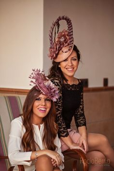 Biggest Women S Fashion Brands Sombreros Fascinator, Fascinator Hats, Fascinators, Kate Middleton Hats, Races Fashion, Kentucky Derby Hats, Fancy Hats, Elegant Outfit, Bandeau
