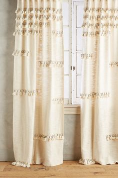 Slide View: 1: Milly Curtain