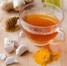 Recipe for nature's flu shot, prevent the flu with immune boosting foods. Avoid the health hazards of flu vaccines and use nature's flu shot to help prevent the flu organic medicine Natural Remedies For Allergies, Allergy Remedies, Flu Remedies, Natural Health Remedies, Natural Cures, Herbal Remedies, Holistic Remedies, Turmeric Tea, Turmeric Health