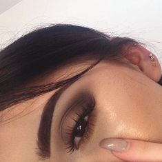 Glow makeup, brown eye makeup, matte look, brown vibe, girl, makeup, cute girls, brown eyeshadow, eyebrows makeup. Credits: unknown.