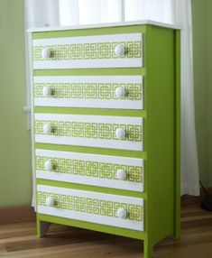 This would also be nice in black and white! DIY Crafts Home Decor | DIY Green and White Dresser from The Ridiculous Redhead