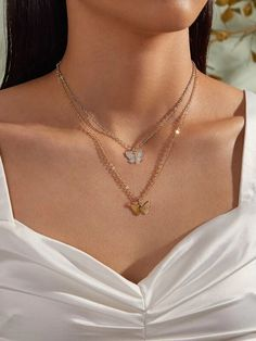 To find out about the Butterfly Charm Necklace at SHEIN, part of our latest Necklaces ready to shop online today! Dainty Jewelry, Cute Jewelry, Jewelry Accessories, Fashion Accessories, Women's Jewelry, Colar Fashion, Fashion Necklace, Fashion Jewelry, Mode Hipster