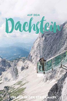 Wir besuchen die Steiermark in Österreich und steigen in einem echten Schlosshotel ab. Von dort aus erkunden wir den Dachstein in luftiger Höhe, gehen auf Edelsteinsuche und wandern durch herrliche Landschaften. Travel Around The World, Around The Worlds, Heart Of Europe, Salzburg, Far Away, Adventure Time, Austria, Places To Travel, Skiing