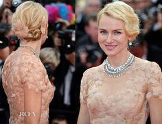 Naomi Watts in a Marchesa gown. Love how the petals seemed to be a part of her.