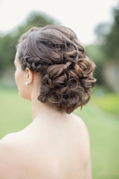 Curled bridal updo | Laura Hernandez Photography | see more on: http://burnettsboards.com/2014/05/adorable-watercolor-ranch-wedding/ #hairstyle #updo