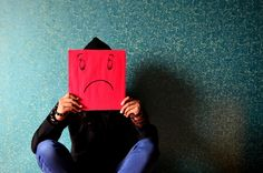 Without medical treatment bipolar depression can even lead to death. Find out about symptoms and signs of bipolar depression everyone needs to be aware of. Burn Out, Dealing With Depression, Teen Depression, Fighting Depression, Depression Quotes, Student Loan Debt, Negative Emotions, Negative Thoughts, Angst