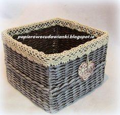 To co robię i co lubię: 3 koszyki z papierowej wikliny-koronka rumuńska i wełniane łańcuszki