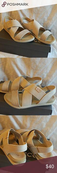 ecco damara moon rock gravel powder sandals ecco damara moon rock gravel powder sandals size 6.5. New in box.  Cream in color. Ecco Shoes Sandals
