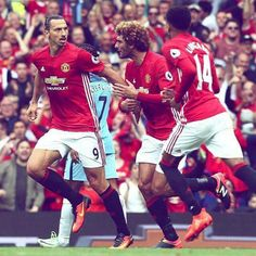 Manchester United Football, Man United, The Unit, Sports, Goal, People, Nice, Red, Manchester United