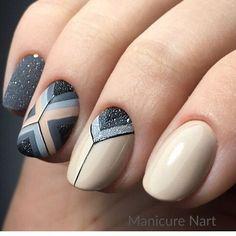 Красивые ногти. Маникюр. DivaNail Fingernail Designs, Gel Nail Designs, Nail Manicure, Toe Nails, Stylish Nails, Beautiful Nail Art, Creative Nails, Geometric Nail Art, Christmas Nails