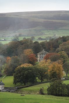 Townhead, Slaidburn, Hodder Valley, Lancashire, UK pinning simply for use of explaining the English countryside England And Scotland, England Uk, Oxford England, Cornwall England, Yorkshire England, Yorkshire Dales, London England, The Places Youll Go, Places To See