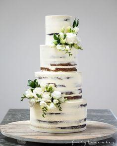 Seminaked — Forty-Two Cakes - Wedding cakes without Fondant - hochzeitstorte Black Wedding Cakes, Wedding Cake Rustic, Beautiful Wedding Cakes, 4 Tier Wedding Cake, Traditional Wedding Cakes, Traditional Cakes, Cakes Without Fondant, Fondant Cakes, Wedding Cake Centerpieces