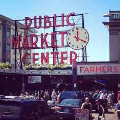 Seattle's Pikes Market.  there was sooo much cool artwork here and lots of delicious food.