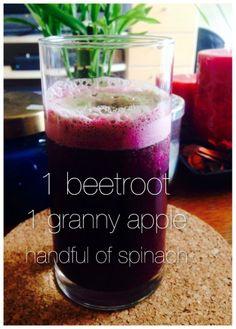 Sweet Beet Juice Beet Smoothie, Smoothies, Super Foods, Juicing, Beets, Spinach, Clean Eating, Apple, Tableware