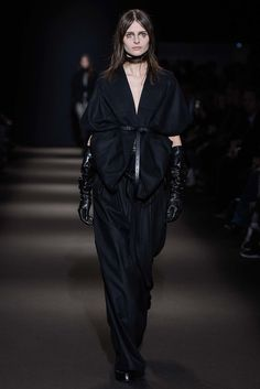 Pinched shape by Ann Demeulemeester Fall 2015 Ready-to-Wear Fashion Show