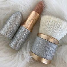 pinterest: bellaxlovee ✧☾ Makeup Sets http://amzn.to/2kxgnqF
