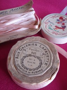 Pinky vintage ribbon