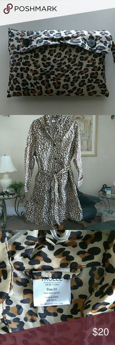 animal print rain coat This cool rain coat has front pockets, a detachable hood, belt and it come with a nice carrying case Jackets & Coats Trench Coats