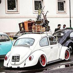 gran carga vía @aircooled_world  #felizlunes #vochocreativomagazine # # #⛽#vocho #beetle #love #bettle #volkswagen#käfer #vw #pasión #escarabajo #volkswagenim #bug #creatividad #vochocreativo #volkswagenbeetle #volksworld #fusca #viral