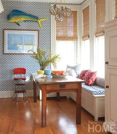 Wonderful seascape banquette. I especially love the mix of fabrics. Summer Livin'