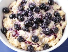 See how easy it is to cook up a pot of these Blueberry Coconut Steel-Cut Oats! We made this hearty breakfast Vegan and Gluten Free!   Tastefulventure.com