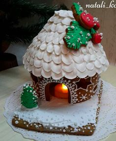 gingerbread house Christmas Gingerbread House, Gingerbread Houses, Christmas Love, Gingerbread Cookies, Christmas Cookies, Holiday Baking, Christmas Baking, Holiday Fun, Ginger House