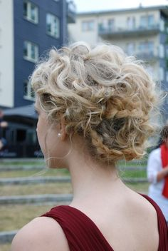 Curly Hairstyles: 8 Looks for NaturalCurls | Beauty High