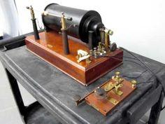 VIDEO - Marconi Spark Gap Transmitter Demonstration