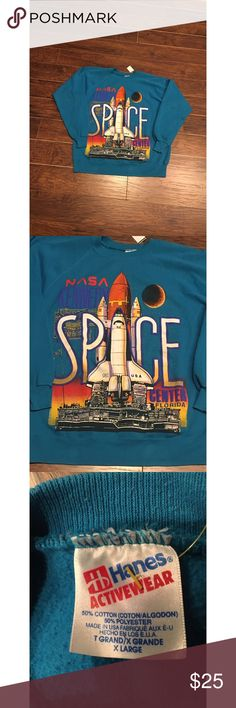 Vintage NASA Sweatshirt Vintage NASA sweatshirt. Excellent condition no  cracking visible on any of the 52fa060286