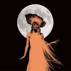 Karen Elson The Ghost Who Walks On Vinyl LP On her debut release, The Ghost Who Walks, Karen Elson spins intriguingly unsettling tales of lost love, dashed hope, romantic betrayal and various crimes o