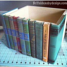 Home Improvement Projects, Home Projects, Simple Projects, Hidden Book, Diy Rangement, Diy Home Decor, Room Decor, Diy Crafts Home, Diy Crafts For Bedroom