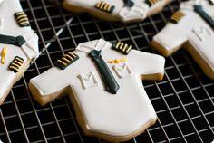 pilot shirt cookies