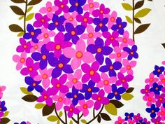Wonderful 60s mod vintage retro fabric. Floral pink Cotton Satin. High quality fabric, unused.