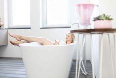 """A """"zöldítés"""", vagy """"zöldülés"""" nem kell, hogy költséges beruházás legyen, mint pl. a napelemek vagy napkollektorok beszerzése. Egyszerű változtatásokkal is egészségesebbé és zöldebbé tehetjük otthonunkat.  Source Bathtub, Bathroom, Tips, Standing Bath, Washroom, Bathtubs, Bath Tube, Full Bath, Bath"""