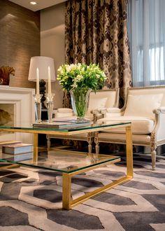 Reformado para um casal recém-casado, o apartamento de 200 m² em Florianópolis agora tem quartos e área social mais espaçosos, com décor contemporâneo. Projeto Roberta Zimmermann Buffon.