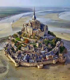 Mont Saint Michel France at low tide from travelphotos. Mont Saint Michel France at low tide from travelphotos natureheals naturepics travelindia nature_shooters naturegeography travelingram natureporn Mont Saint Michel France, Le Mont St Michel, Saint Michael France, Beautiful Castles, Beautiful Places, Amazing Places, Wonderful Places, Beautiful Toes, Beautiful Fairies