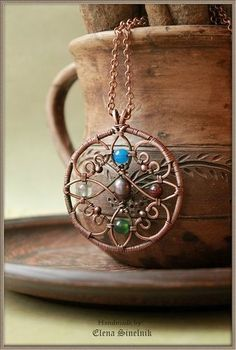 super ideas for diy jewelry pendants wire weaving Wire Necklace, Wire Wrapped Necklace, Wire Wrapped Pendant, Pendant Necklace, Necklaces, Wire Earrings, Bijoux Wire Wrap, Bijoux Diy, Copper Jewelry