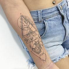 Mini Tattoos, Cute Tattoos, Body Art Tattoos, Tatoos, Element Tattoo, Tree Sleeve Tattoo, Sleeve Tattoos, Tattoo Girls, Learn To Tattoo
