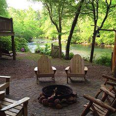 Chattahoochee Breeze cabin in Helen, Georgia.